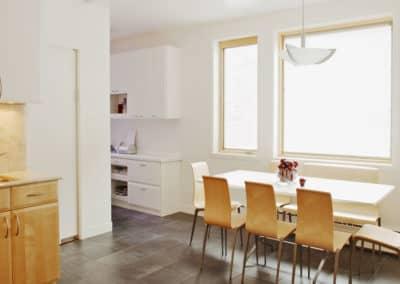 Projet-dagrandissement-lateral-pour-creer-coin-dinette-et-bureau-avec-chauffage-eau-chaude