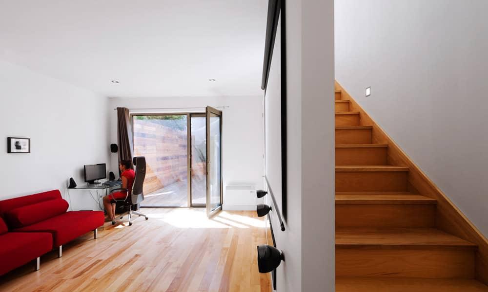 Bureau dans la nouvelle section agrandie de la maison max