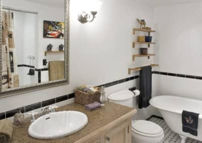 Projet de renovation avec bain sur pattes et plancher chauffant dans la Petite Patrie